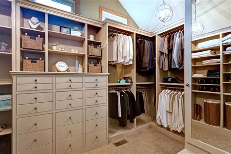 Efficient Closet Design by Luxurious And Space Efficient Closet Design Be Inspired