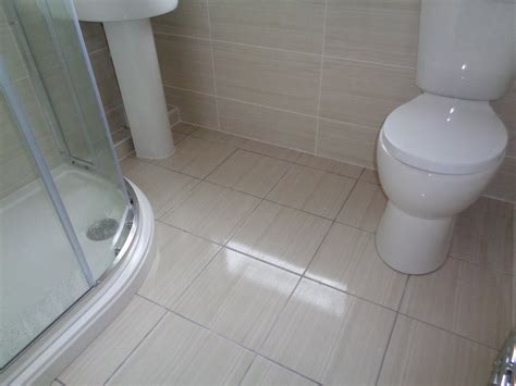 tiled bathroom walls and floors coventry bathrooms 187 matching floor and wall tiles