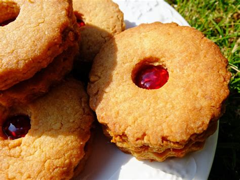 Handmade Biscuits Uk - jam sandwich biscuits thinlyspread co uk