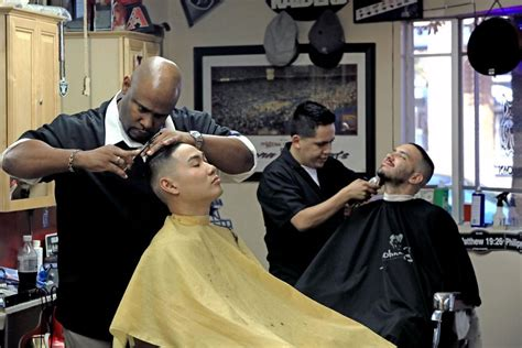 Barber Downtown Tucson | downtown barber shop keeps tradition alive news about