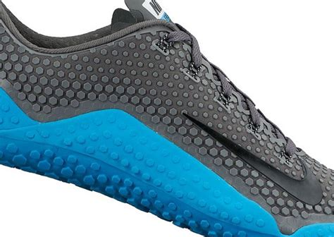 nike minimalist shoes nike free 1 0 look the future of barefoot how the