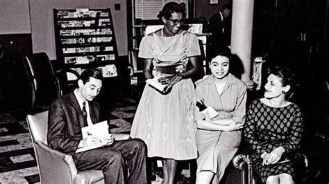 Howard Zinn Essays by From The Howard Zinn Archive Fighting Respectability Politics At Spelman College Jones