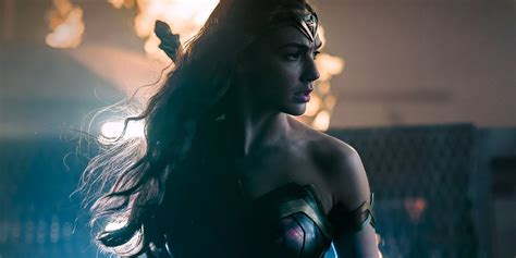 Justice League Film Wonder Woman | justice league wonder woman image revealed by zack snyder
