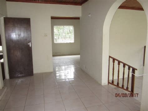 3 bedroom 2 bath house for rent 3 bedroom 2 5 bathroom house for rent in new green road