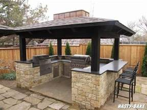 Outdoor Kitchen Island Designs Best 25 Outdoor Barbeque Area Ideas On Pinterest