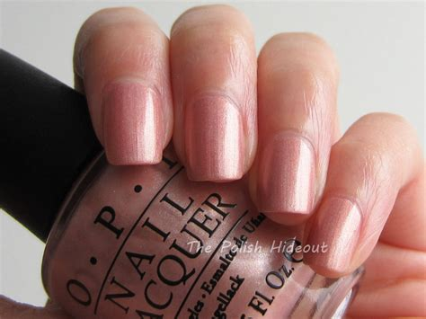 chagne toast gold nail opi nail ftempo