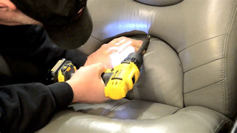 boat seat pedestal removal how to remove boat seat on a triton tr20 youtube