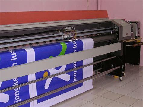 Mesin Banner cetak spanduk murah bali cetak telp 081332077586