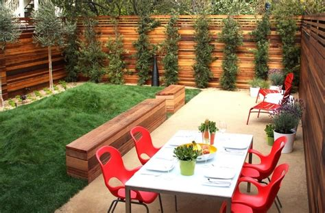 Modern Landscaping Ideas For Small Backyards by 20 Cheap Landscaping Ideas For Backyard
