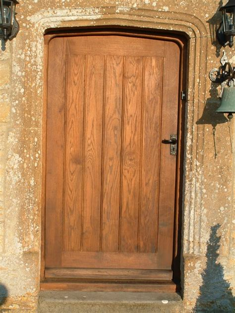 Front Doors Oak Oak Exterior Doors Distinctive Country Furniture Limited Makers Of Period Architectural