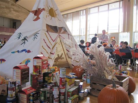 students celebrate thanksgiving with a food drive