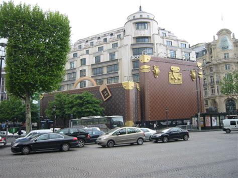 Louise Vuitton Parris file louis vuitton jpg wikimedia commons