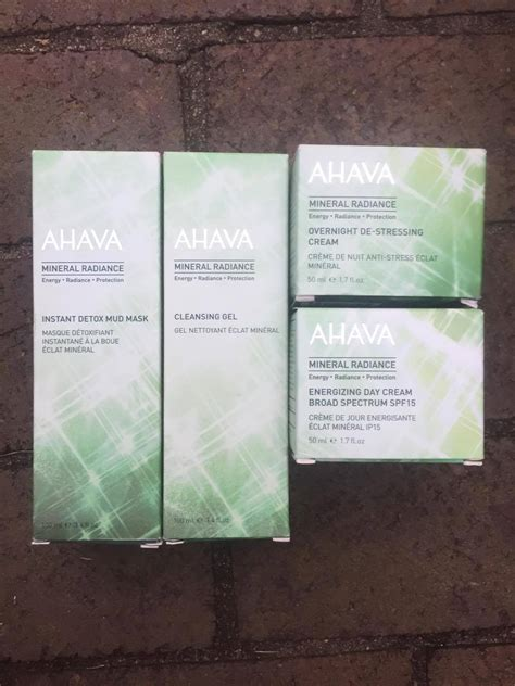 Ahava Mineral Radiance Instant Detox Mud Mask Review by Detox Your Skin From The Outside In Brite