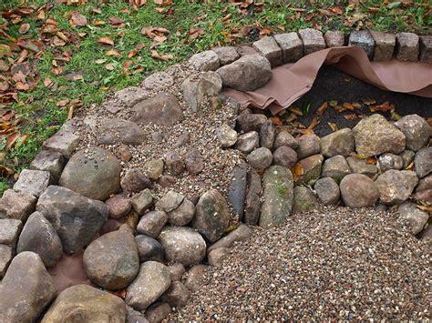 feuerschale tief feuerschale aus feldsteinen und kies feinschmeckergarten
