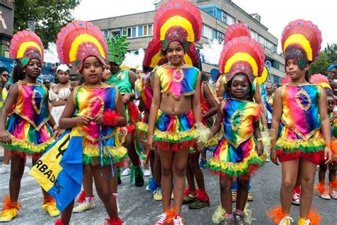 when is notting hill carnival 2016 dates map outfits