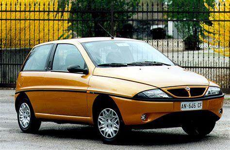 Lancia Ypsilon Lancia Ypsilon 1 2 16v Elefantino Rosso Manual 1998