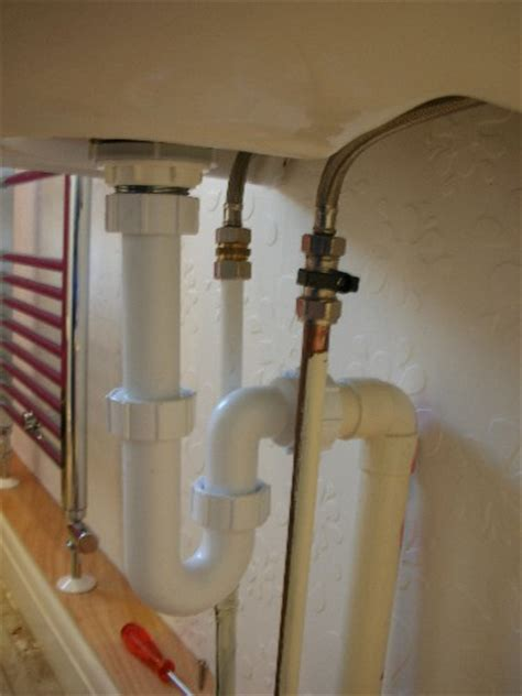 How To Plumb Waste Pipes by Basin Fitting Plumbing