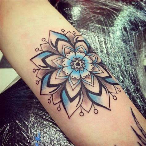tattoo mandala instagram tattoo by eva perez instagram art by eva mandala