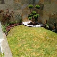 decoracion de jardines pequeños con palmeras las 25 mejores ideas sobre estanques de patio trasero