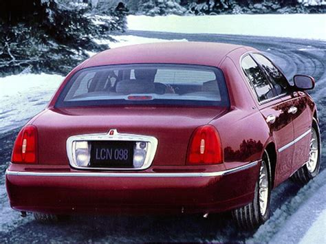 lincoln town car reviews specs  prices carscom