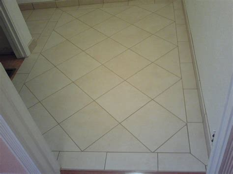 tile pattern diagonal 12 quot x 12 quot porcelain tiles diagonal pattern with a border
