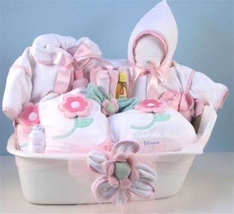 Baby Shower Gift Ideas To Make by Baby Shower Gifts To Make Gift And Baskets Ideas