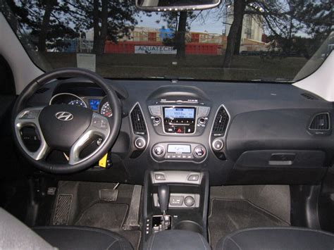 the gallery for gt hyundai tucson 2012 interior