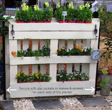 Patio Planters Diy by For A Planter Fence With Pallets For