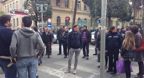 comune di villaricca ufficio anagrafe giugliano nuove proteste contro la tares blocchi