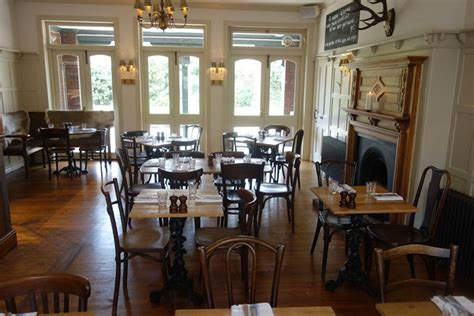 chiswick dining rooms review of restaurant smokehouse chiswick by andy hayler in may 2015