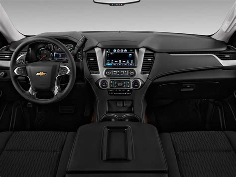 Car Dashboard Types by Image 2017 Chevrolet Suburban 2wd 4 Door 1500 Ls