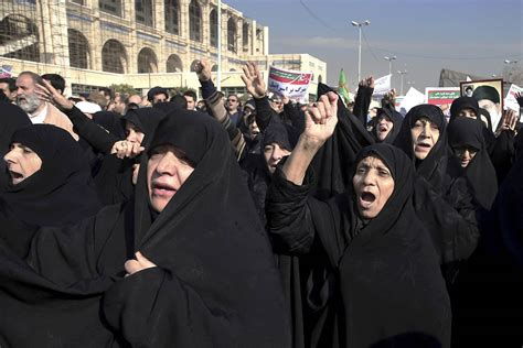 iranian news u s warns iran the world is as new protests