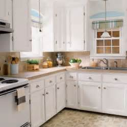 Redoing Old Kitchen Cabinets by Budget Kitchen Redo A Charming Kitchen Revamp For 1 527