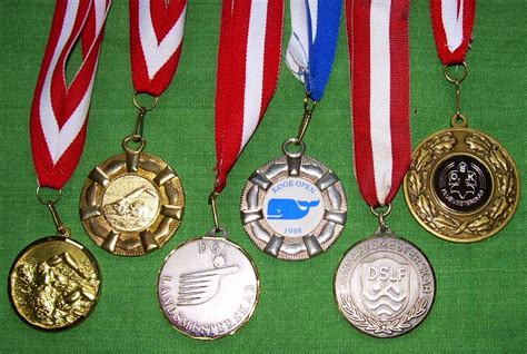 types of medals file medals jpg wikipedia