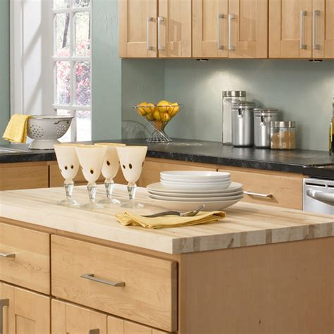 Findley Myers Kitchen Cabinets by Findley Myers Soho Maple Kitchen Cabinets Contemporary