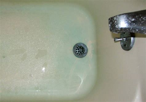 remove water stains from bathtub how to remove blue water stains from bathtub 28 images how to make your fiberglass