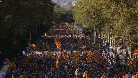 firma gemeliers en barcelona 2016 otra diada multitudinaria en cinco ciudades catalu 241 a