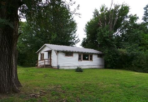houses for sale webb city mo 1308 west broadway webb city mo 64870 reo home details reo properties and bank