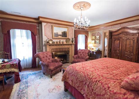 ambassador s room baltimore bed and breakfast