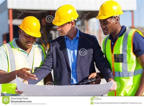trabajadores de la construccion en negro portal trabajadores de construcci 243 n del arquitecto fotograf 237 a de