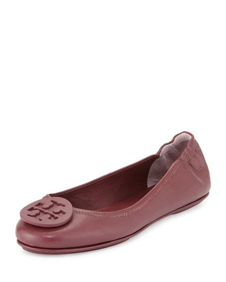 Minnie Travel Flat 2 burch minnie travel logo ballerina flat shiraz