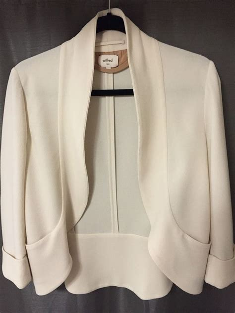 white draped blazer aritzia wilfred shrunken chevalier women s draped blazer