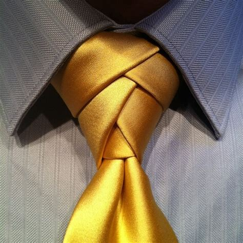 how to tie an eldredge knot in a necktie