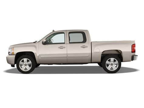 first chevy silverado 2009 chevrolet silverado hybrid first drive review