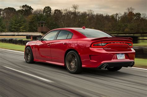 Dodge Charger Hell Cat 2015 Dodge Charger Srt Hellcat Drive Motor Trend