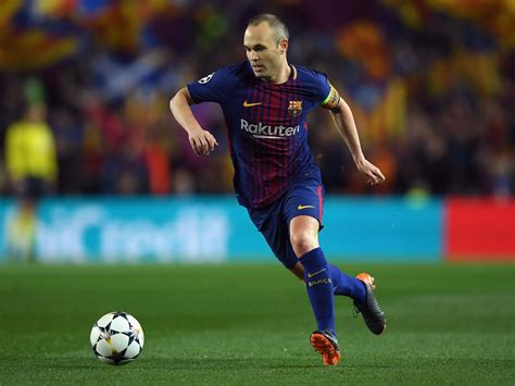 barcelona believe andres iniesta will leave for chinese andres iniesta considering leaving barcelona for china at