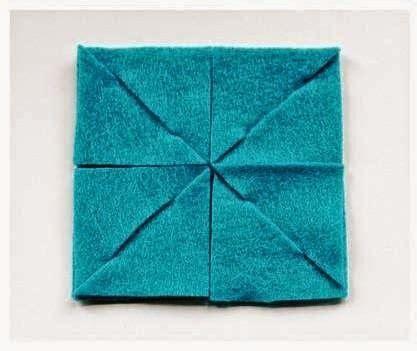 Ikea Pipig Alas Piring Motif Garis Garis Warna Hitam Putih Uk 37x37cm kerajinan tangan kerajinan tangan dari kain flanel placemat flanel