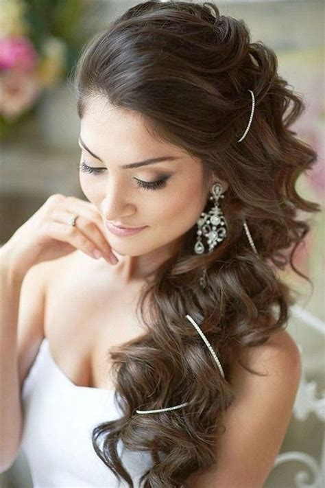 hairstyles indian look 1000 ideas about indian wedding hairstyles on pinterest