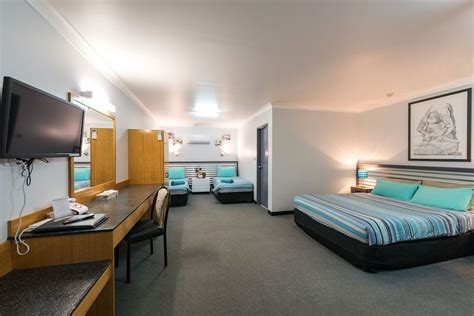 Shearing Shed Motel by The Shearing Shed Motor Inn Best Accommodation Dubbo