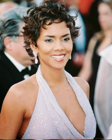Halle Berry Hairstyles 2011 by Cool Trend Pictures Halle Berry Hairstyles 2012